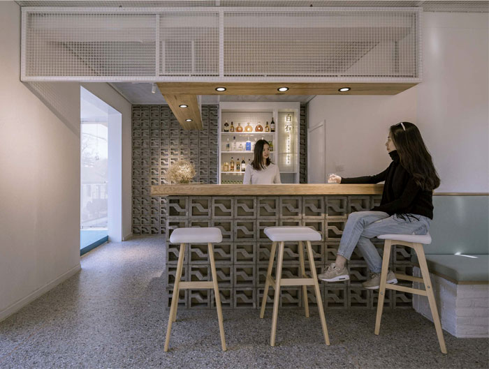 mica bar 3 and wich design 5