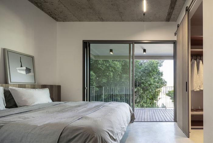tel aviv loft for a young couple 13