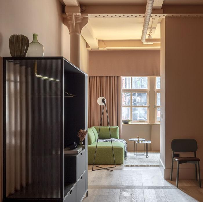 hotel manchester grzywinski plus pons 13