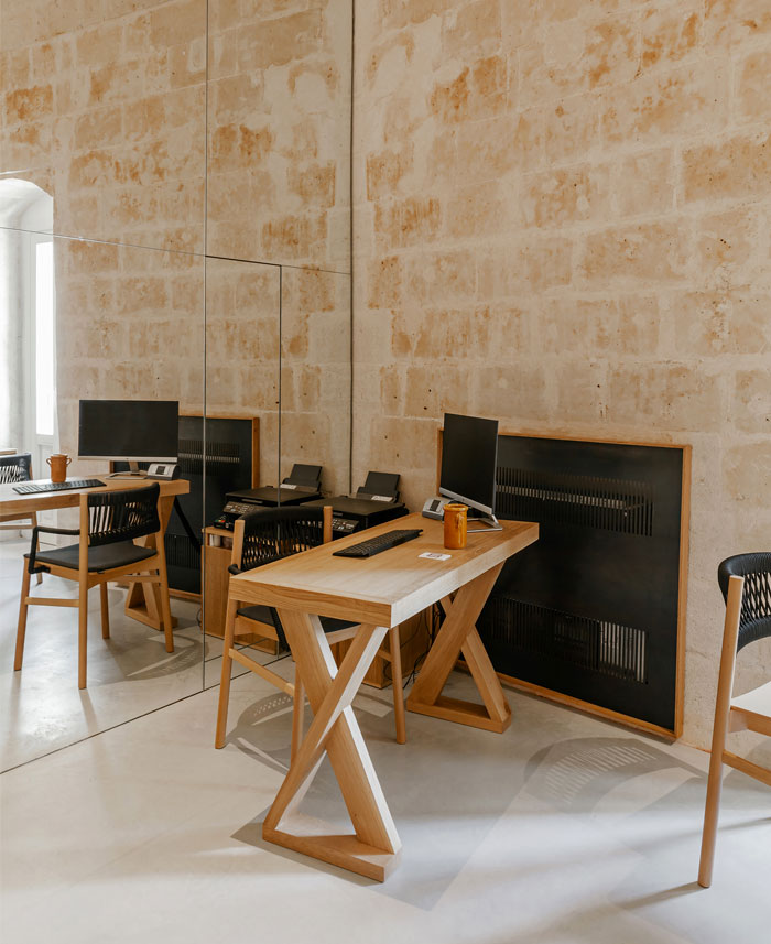 ai maestri rooms cafe matera 12