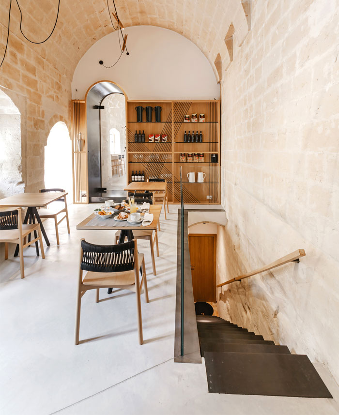 ai maestri rooms cafe matera 13