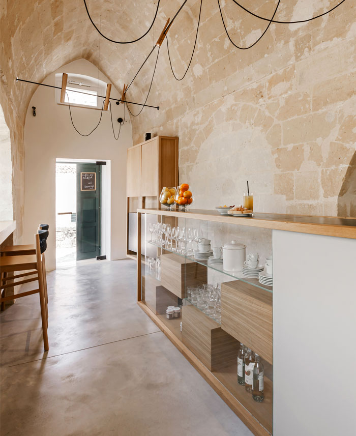 ai maestri rooms cafe matera 14