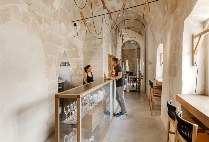 ai maestri rooms cafe matera 2
