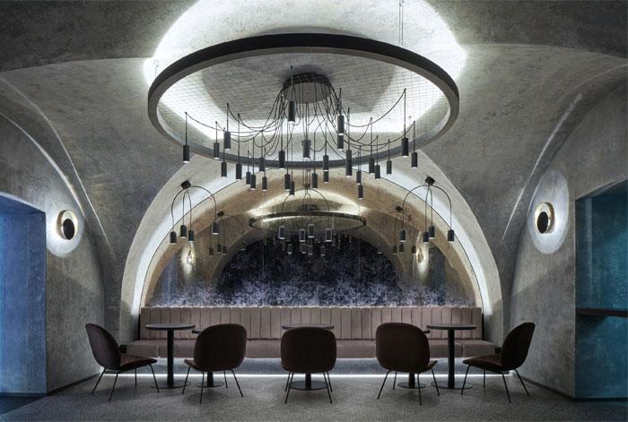 moon club lounge prague 21