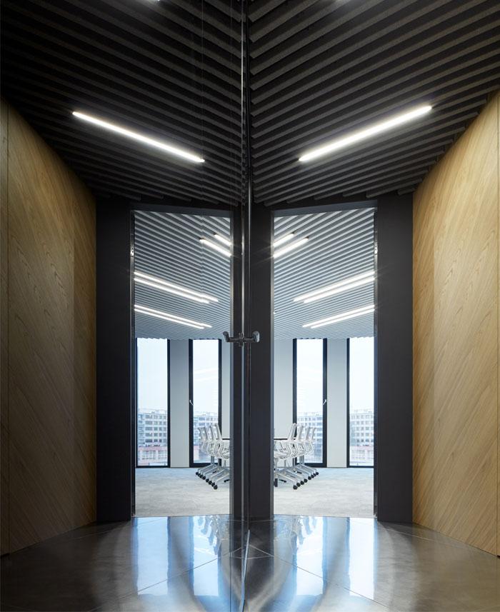 studio perspektiv office interior prague 13