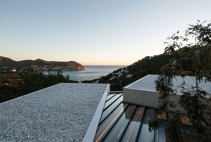 house mallorca caballero colon architects 17