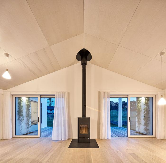 summer house studio ddaann 17
