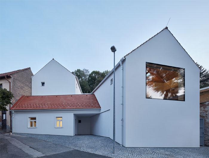family house atelier 111 architekti 8