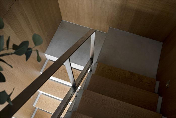 mezzanine apartment studioin2 15