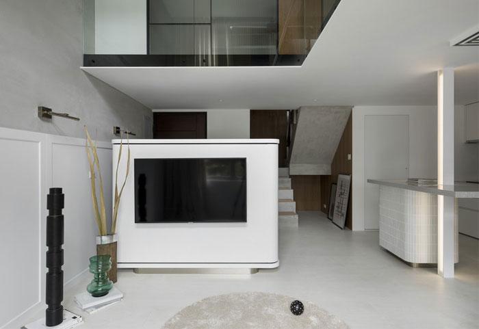 mezzanine apartment studioin2 3
