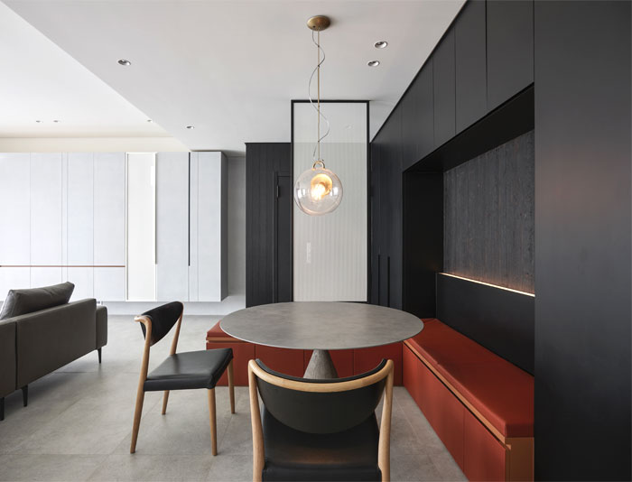 small scale apartment Waterfrom Design 8
