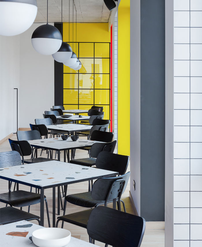 Bauhaus Kitchen Design: Bauhaus Inspired Interior Of The LOLA Café In Vilnius