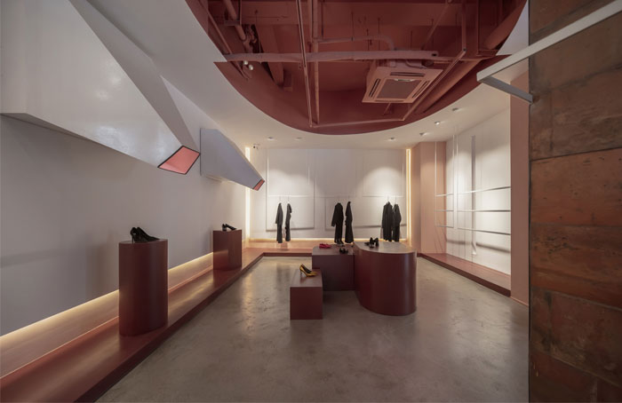 cactus fashion store boundary space design 4