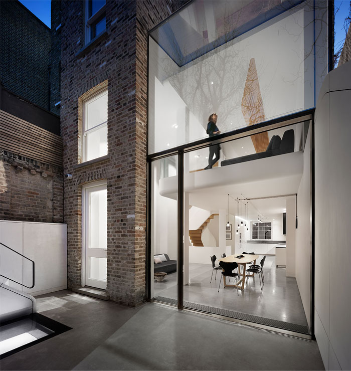 sculptural renovation victorian terraced house london 19