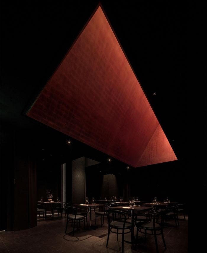 voisin organique restaurant lounge 15