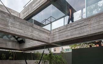 eight beams house 338x212