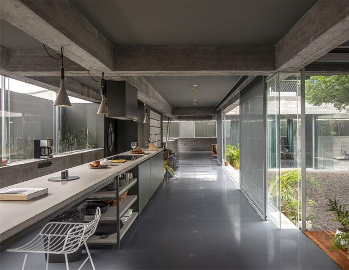 eight beams house covachita taller de arquitectura 18