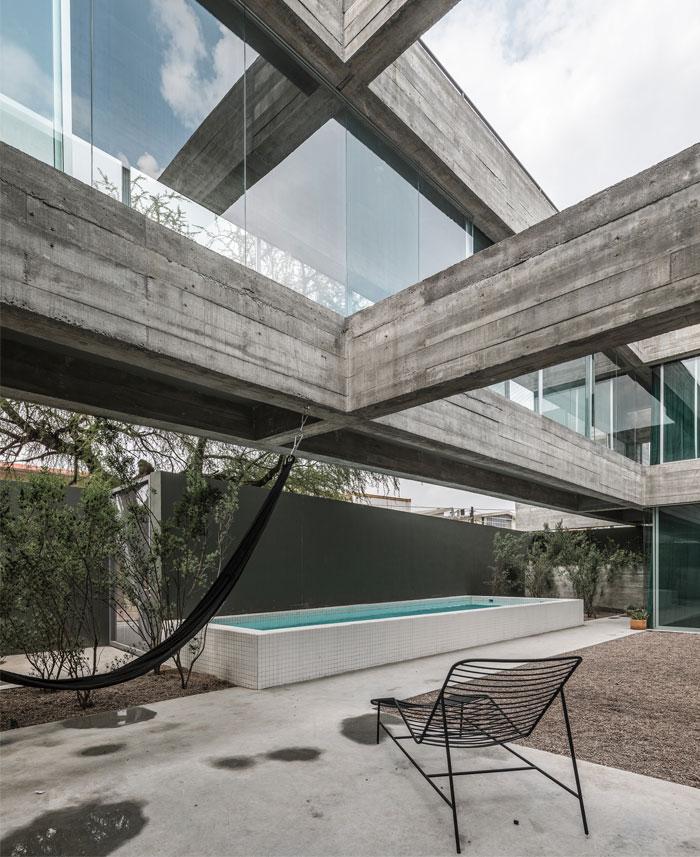 eight beams house covachita taller de arquitectura 4