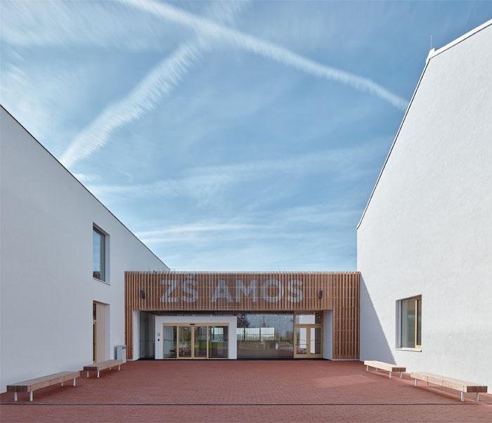 elementary school amos SOA architekti 19