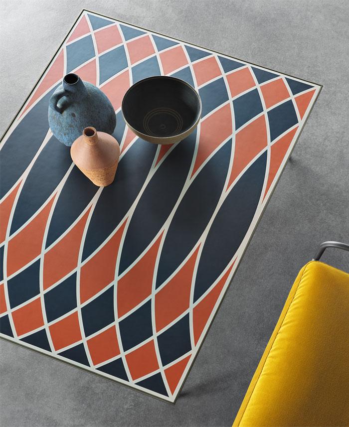 frag motif coffee table 5
