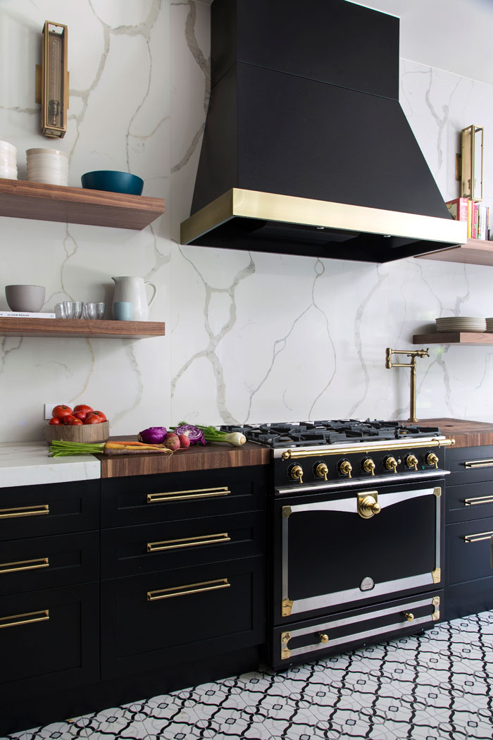 black kitchen cabinets brass handles