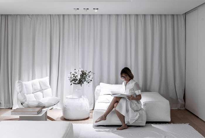 linearchitects apartment monochrome living divani products 26