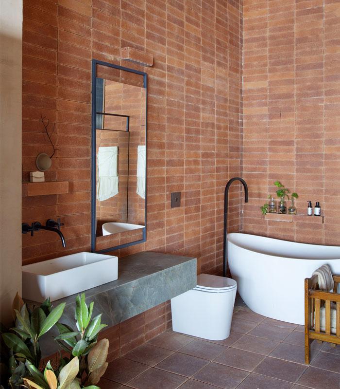 stylish examples natural materials bathroom 19
