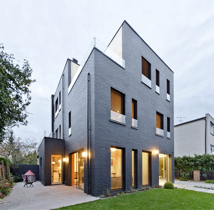 house poznan by easst architects 3