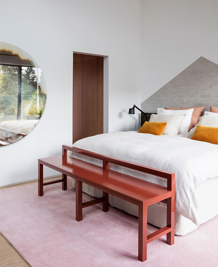 colorful modern minimalist bedroom decor 4