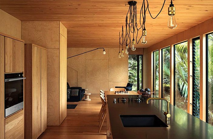 The Beach House of Auckland Designer Dean Poole and His Family