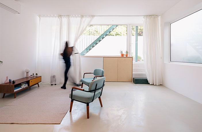 Artur Lamas Apartment by Verum Atelier
