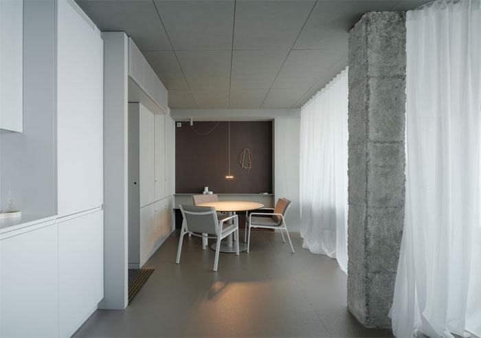 room with a sea view estudio primitivo gonzalez 11