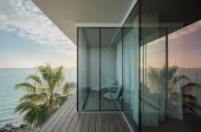 room with a sea view estudio primitivo gonzalez 2