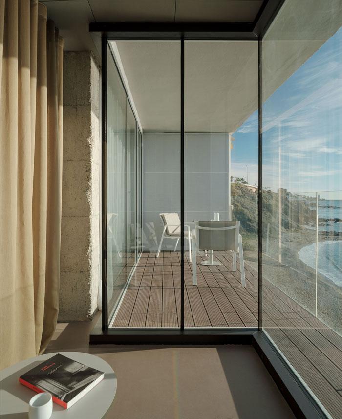 room with a sea view estudio primitivo gonzalez 6