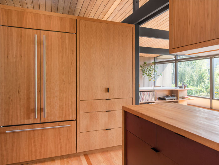 adorable mid century modern kitchen design 37