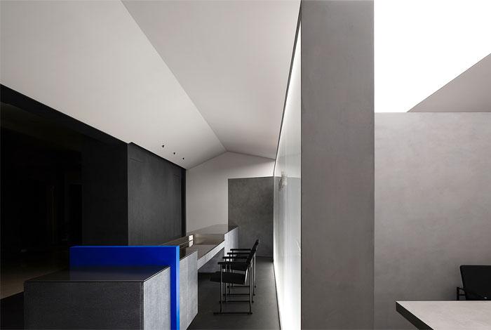 novacolor paint showroom 9