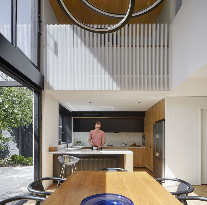 south yarra void house 11
