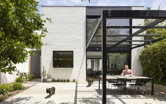 south yarra void house 338x212