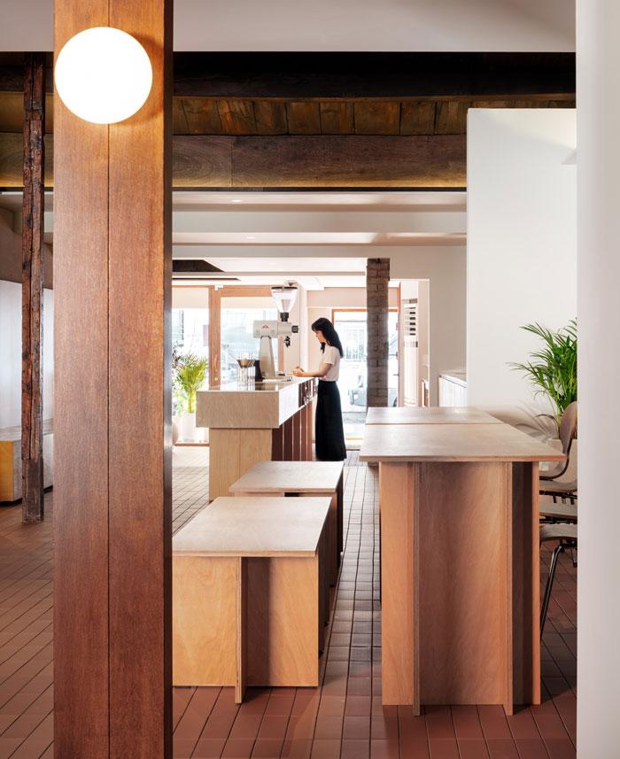 pont coffee shop 3