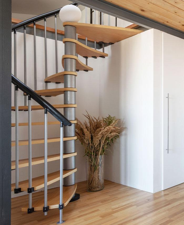 two level studio apartment 8