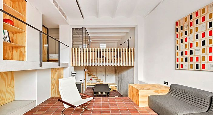 Renovation of an Multi-level Apartment in Barcelona by Mas-Aqui Studio
