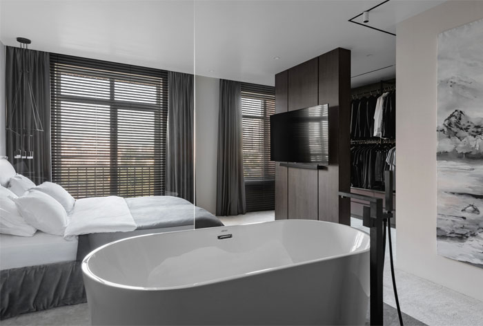 dmitriy korshunov apartment only 11