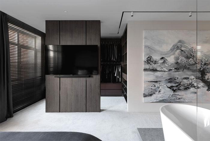 dmitriy korshunov apartment only 12