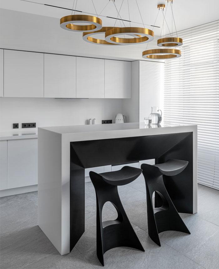 dmitriy korshunov apartment only 5