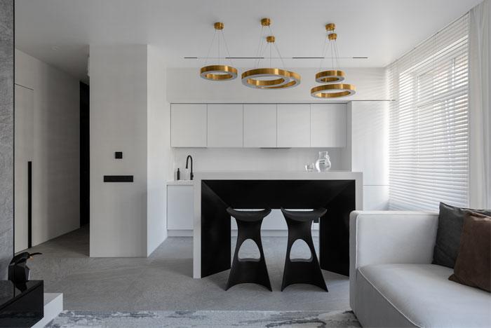 dmitriy korshunov apartment only 8