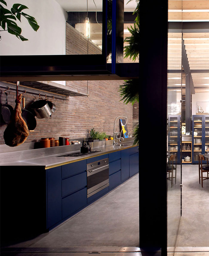 exposed brick kitchen 2