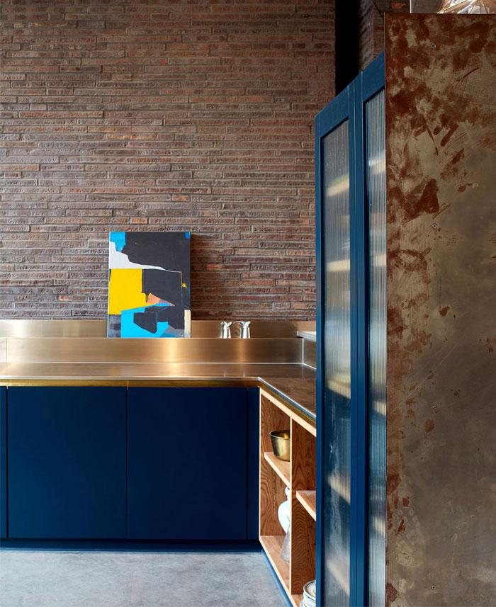 exposed brick kitchen splashback 1