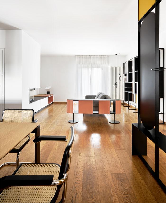isole apartment biro plus 12