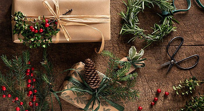 2021 Christmas Trends Toys Christmas Decorating Trends 2021 2022 Colors Designs And Ideas Interiorzine
