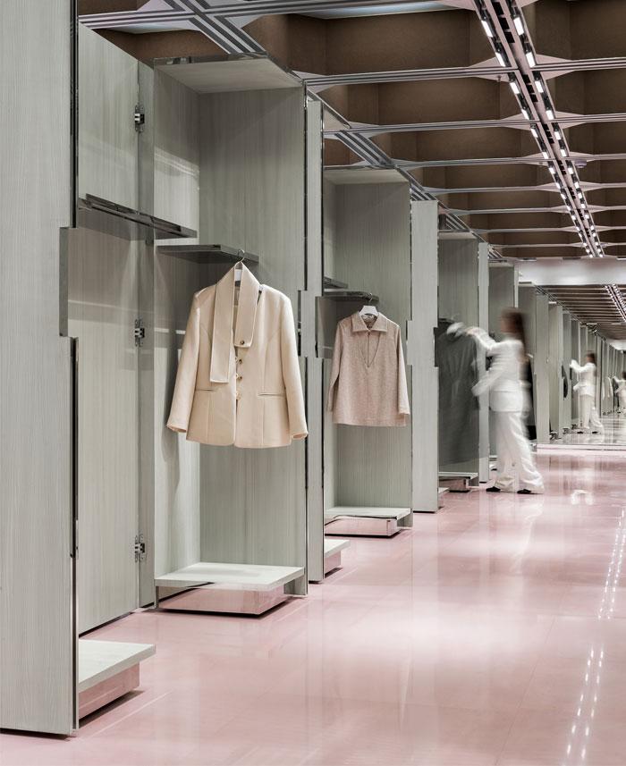 j1m5 boutique various associates 11